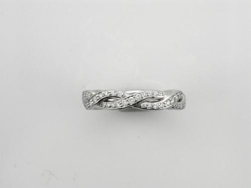 Platinum Entwined band style ring