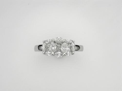 14k White Gold Bouquet Ring