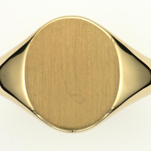 Gent's 18k yellow gold signet style ring with tapered shank and a high polished finish.